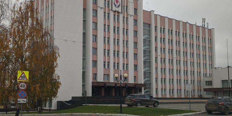 Покраска фасада здания Госсовета УР (2019 год)
